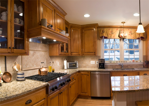 best paint for painting kitchen cabinets white