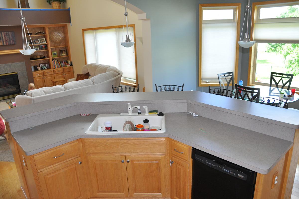 Quartz countertops mn dated kitchen counters quartz for Kitchen design unlimited