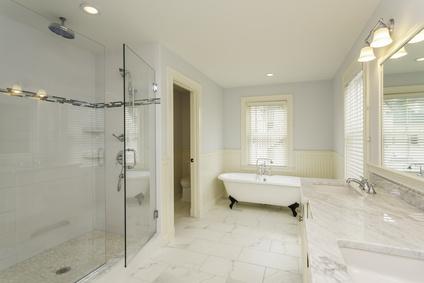 Master Bathroom w/Marble Flooring